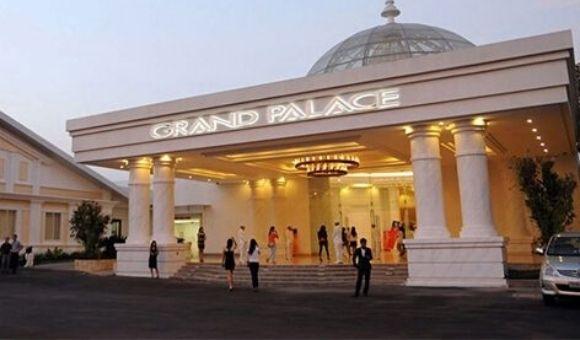 Nha-hang-tiec-cuoi-Grand-Palace