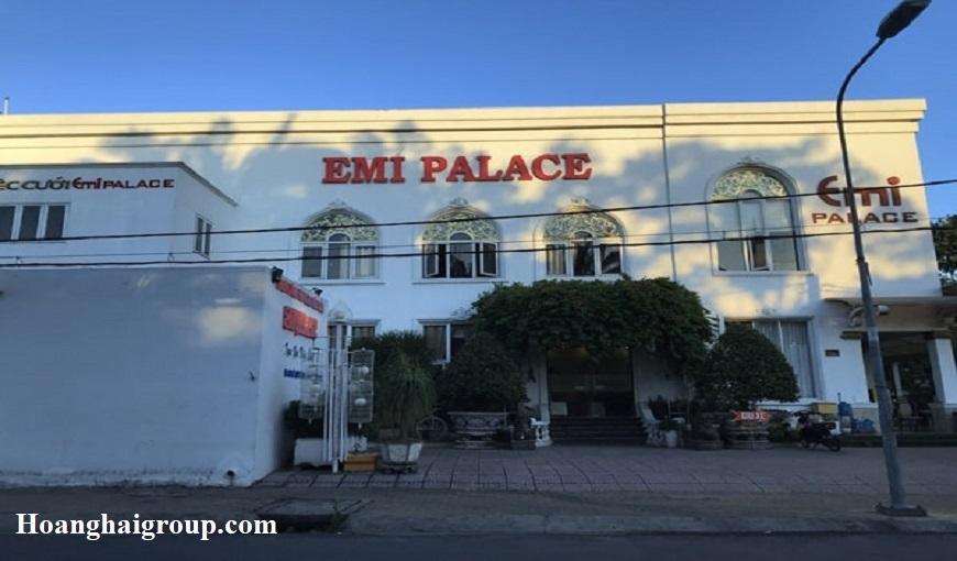 Nha-hang-tiec-cuoi-EMI-Palace