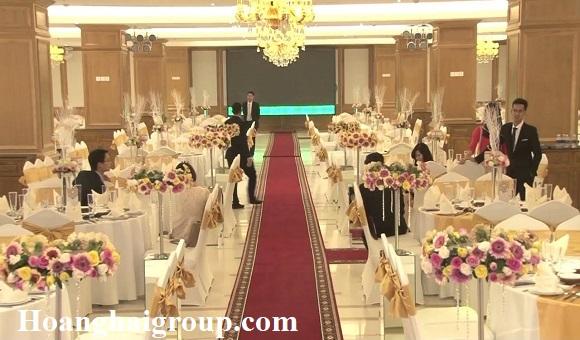 Top-5-nha-hang-tiec-cuoi-Go-Vap-Him-Lam-Palace-Tan-Son-Nhat1