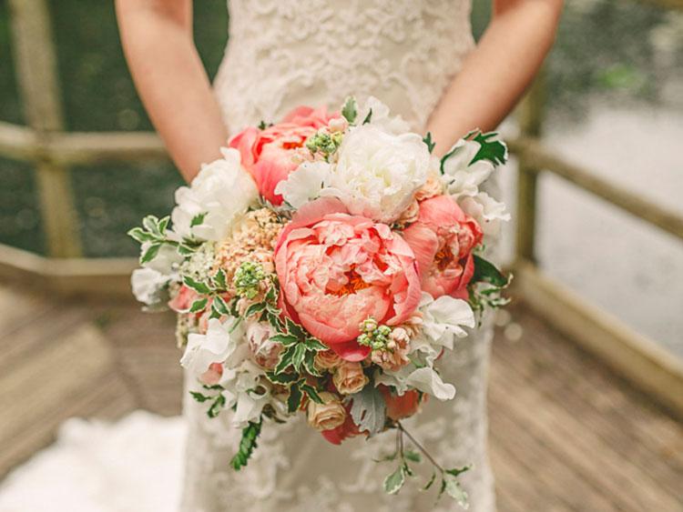Hoa cưới dáng tròn