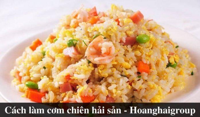 cach-lam-com-chien-hai-san-thom-ngon-don-gian-tai-nha (1)